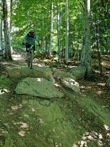 saut pierre piste rouge bike park Montclar VTT